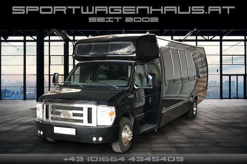 Ford Sonstiges E450 SuperDuty Luxury Limo Bus 7.3 V8 Diesel bei Sportwagenhaus.at Scheuringer Sportwagen in
